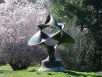 sculpture-gardens-philadelphia-morris-arboretum